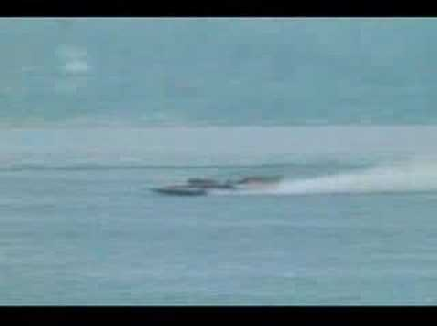 Miss EAGLE ELECTRIC Hydroplane