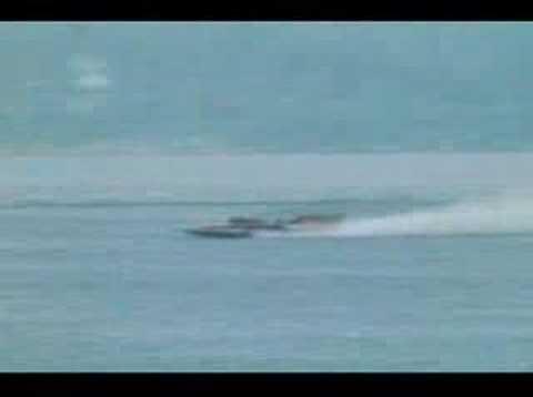 Miss EAGLE ELECTRIC Hydroplane