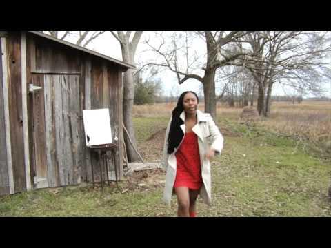 "2. QUEEN GODIS  ""...In The Mirror""  (MUSIC VIDEO  DUB VERSION 2 : MJ (ME)mix / Tribute)"