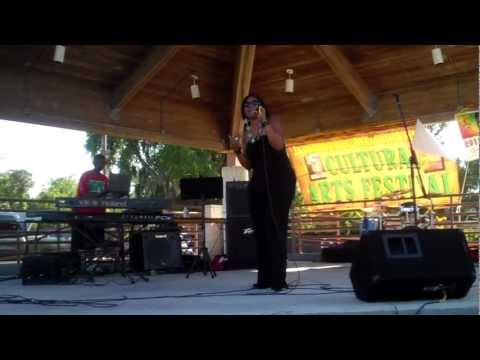 "B.DeVINE LIVE singing ""Some Kinda Way"""