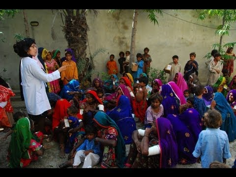 UNICEF-supported health teams 'on-the-go' in Pakistan
