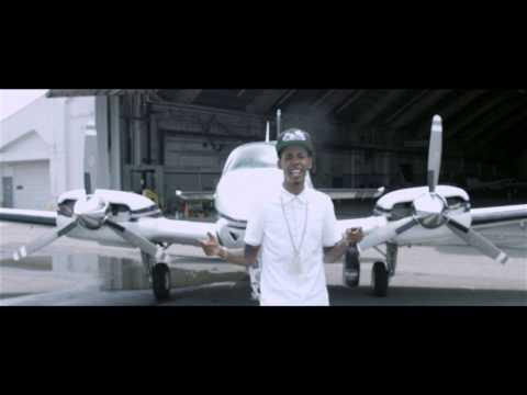 "Yung Renz ""Bentley Music"" Official Video"