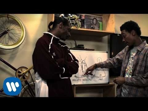 Snoop Dogg & Wiz Khalifa - Young, Wild and Free ft. Bruno Mars [Official Video]