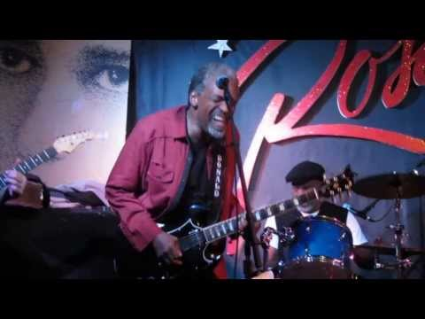 """KINSEY REPORT """"Outskirts Of Town"""" Donalds Great Guitar 3/1/14 Chicago Rosa's lounge"""
