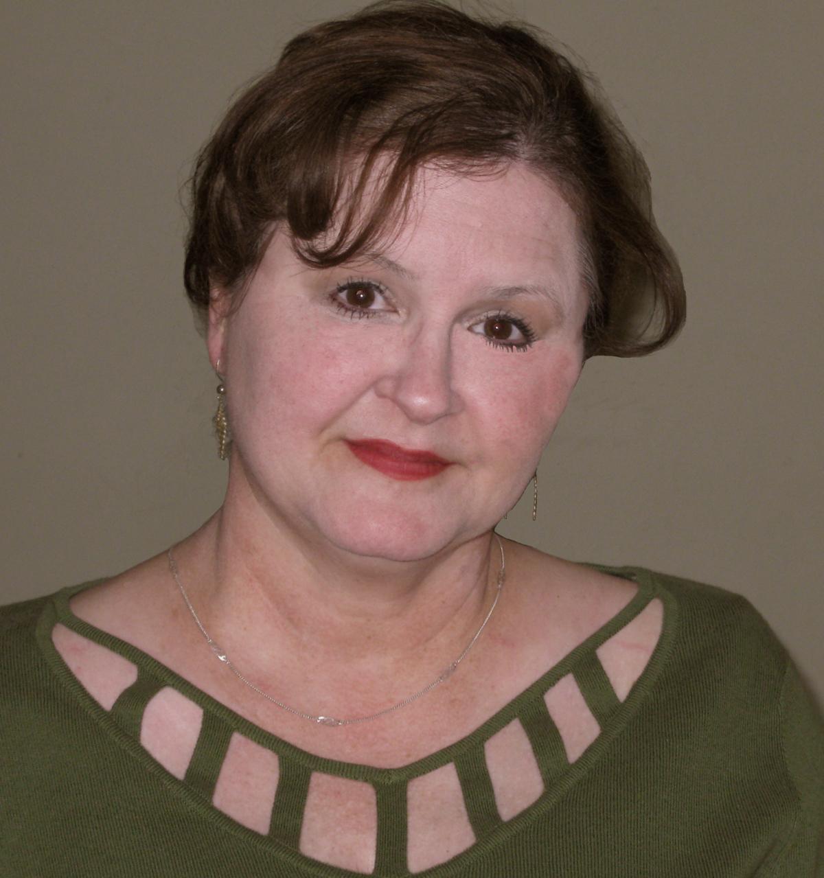 Ramona DeFelice Long