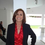 Angela Maria Pinto de Queiroz