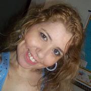 Lara Hartz (Rosa Branca)