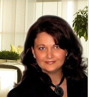 Rachelle FG Van Ryssen