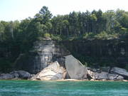 Pictured_Rocks_National_Lakeshore_