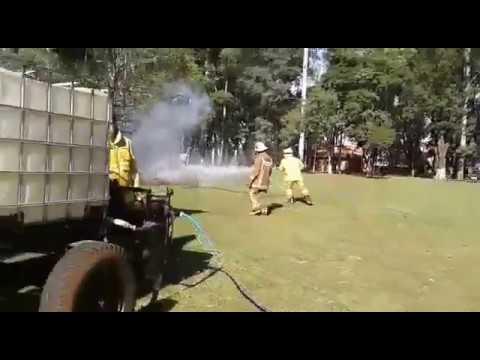 BOMBEROS FABRICARON SU PROPIO MOTOBOMBA PARA COMBATIR INCENDIOS / ITAPUA, PARAGUAY