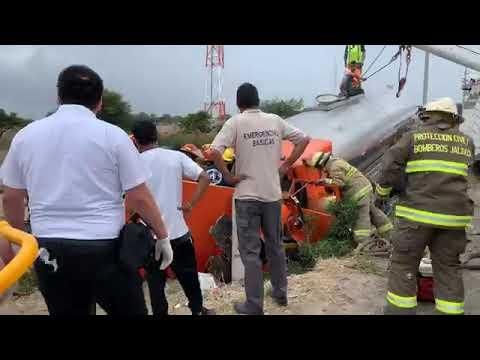 RESCATE VEHICULAR DE BOMBEROS LAGOS DE MORENO - JALISCO, MÉXICO