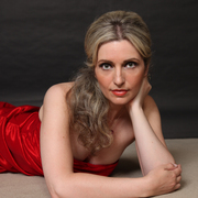Katerina Mina, Soprano