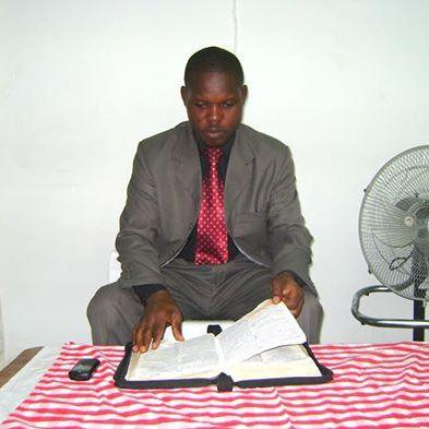 Amos Yambayamba