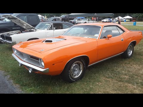 Classic Car Shopping With Pam Dodge and Plymouth Muscle At the 2020 Chrysler Nationals Car Corral