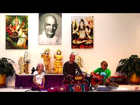 Online Live Mantra Concert with Matthias and Pieter