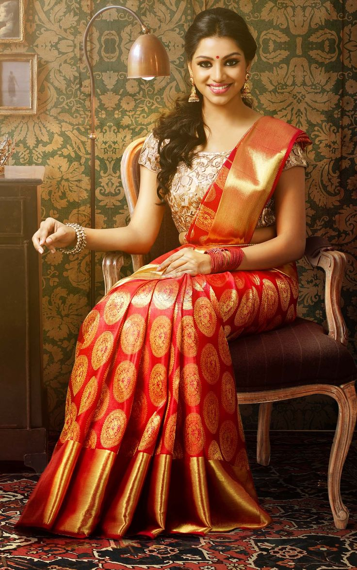 5a3d6fbacd How to Find Saree Shop Online for Your Requirement - Fashion ...