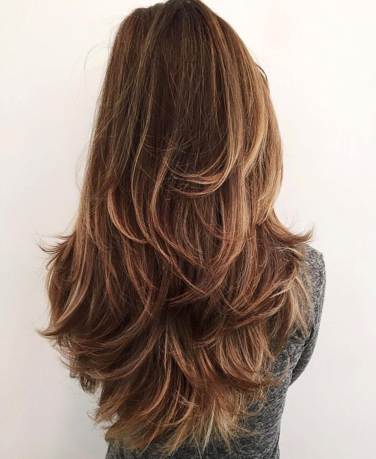 Difference Between Step Hair Cutting And Layer Hair Cutting