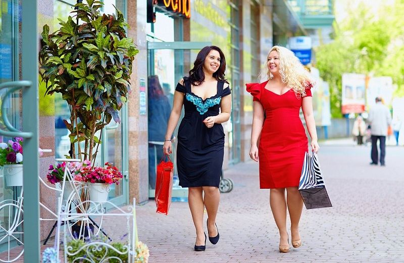 37d78221629 Today you can easily find plus size dresses for men and women in every  retail outlet. Even you can also buy these plus size dresses from online  shopping ...