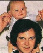 Camilo mi amor y su hijito.