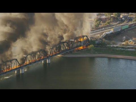 Train bridge collapses over Tempe Town Lake