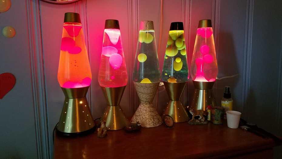 Lava-Simplex 52oz lamps