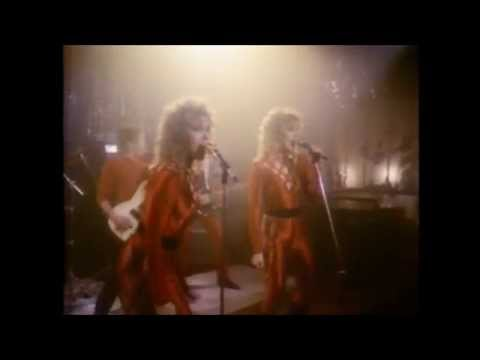 "CHERIE & MARIE CURRIE ""Here He Comes"" 1984 (Edit)"