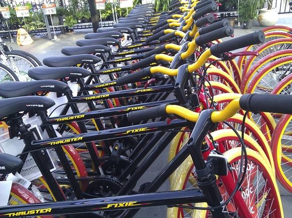 a397e62bb4b 700c Thruster Fixie Bike - Walmart.com Thruster fixie bike Single Speed  Wal-Mart walmart.com Bike bicycle Review By Carlos Becerra (bike shop owner  and Bike ...