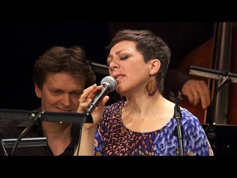 """Weak"" - Gretchen Parlato & hr-Bigband"