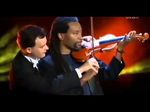 MozART GROUP   Bobby McFerrin