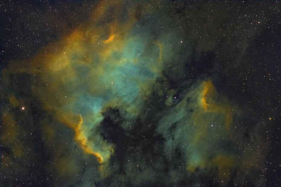 NGC 7000-Master Hubble