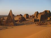 meroe-piramides-2