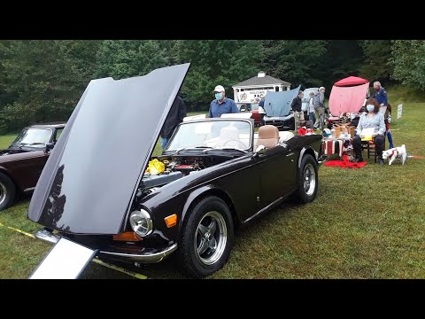 Trixie, the 1972 Triumph TR6 Enhanced for Elegance and Elan