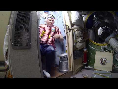 Космический туалет - как ходят в туалет в космосе (HD)