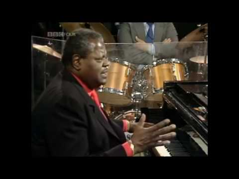 "Count Basie on ""What He Looks for in a Piano"", with Oscar Peterson 1980"