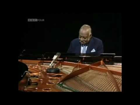 Oscar Peterson & Count Basie Play The Blues 1980