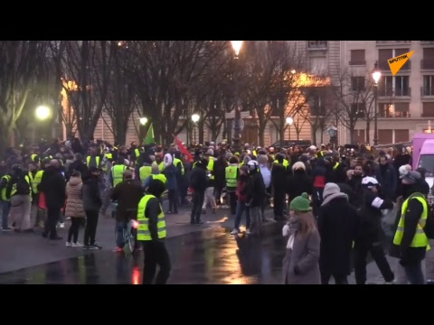 LIVE: 'Yellow Vests' Movement Holding Mass Protest in Paris for Tenth Straight Week