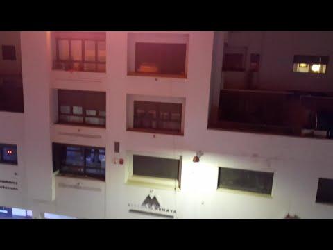 Bomberos intervienen el incendio de una vivienda en el centro de Badajoz