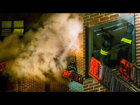 **FIREMAN DIVES THRU WINDOW!** FDNY Battles ALL-HANDS HI-RISE Fire on7th Floor in Harlem [Box 1320]