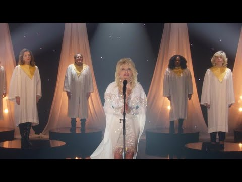 "A Holly Dolly Christmas | Dolly Parton Takes Us To Church With ""I Still Believe"""