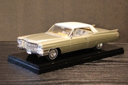 Jason Edge 1964 Coupe de Ville Model Car -1