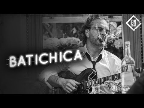 Ricardo Arjona - Batichica (Official Video)