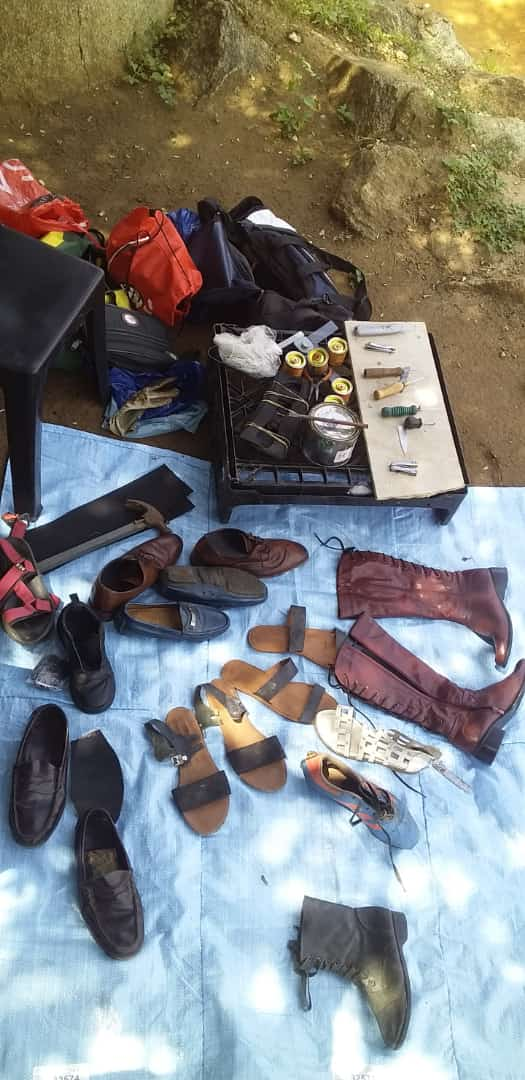 THE SET-UP BEFORE OPERATION WITH DENICE SHOE REPAIR
