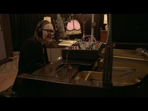 Thom Yorke - Unmade (Live from Electric Lady Studios)