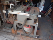 Table saw with router table attached