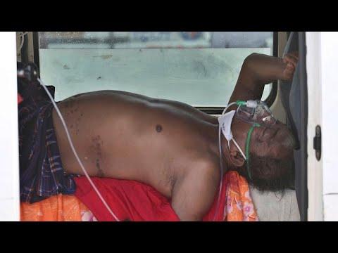 """Índia """"sufocada"""" em recordes de mortes e infeções de SARS-CoV-2"""