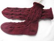 Socken mit Zackenlochmuster