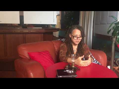 Interviewing Poet Lady Lee Andrews about using Art to Heal Through Trauma @ the Poet's Passage