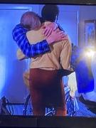 Fred Williamson lifts Ken Howard