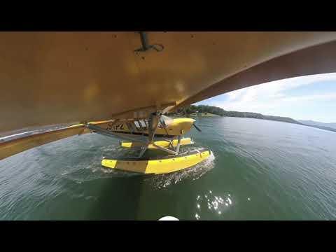 Zenith 801 Amphib Water Landing