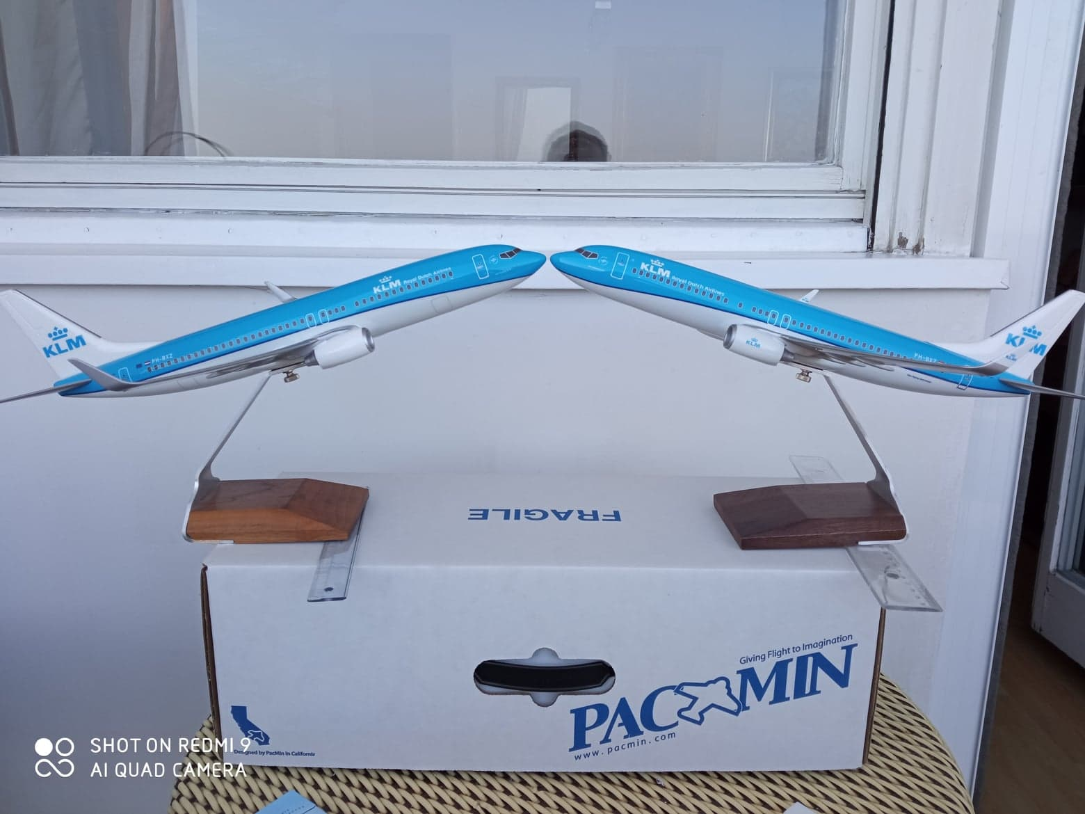 1:100 PacMin KLM 737-800s